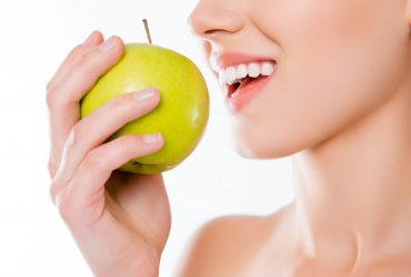 A couple of tips on oral health and food